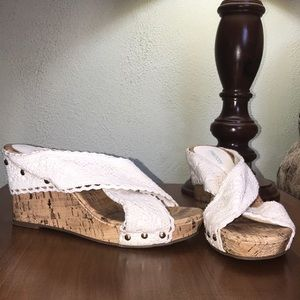 Maurice's White Embroidered Lace Wedge Sandal 8